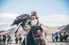 This young Mongolian girl, stepped out of her comfort zone. Attending a competition like this to represent her culture by taking part in a originally masculine event. Bringing worlds together by breaking taboos and believe systems, because of her presence.
