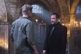 "Supernatural --""Somewhere Between Heaven and Hell""-- SN1215a_0420.jpg -- Pictured (L-R): Mark Pellegrino as Lucifer and Mark Sheppard as Crowley -- Photo: Dean Buscher/The CW -- © 2017 The CW Network, LLC. All Rights Reserved"