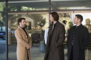 """Supernatural --""""Ladies Drink Free""""-- SN1216a_0162.jpg -- Pictured (L-R): Adam Fergus as Mick Davies, Jared Padalecki as Sam and Jensen Ackles as Dean -- Photo: Diyah Pera/The CW -- © 2017 The CW Network, LLC. All Rights Reserved"""