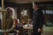"""Supernatural --""""Ladies Drink Free""""-- SN1216b_0015.jpg -- Pictured (L-R): Kathryn Love Newton as Claire and Matt Visser as Justin -- Photo: Diyah Pera/The CW -- © 2017 The CW Network, LLC. All Rights Reserved"""