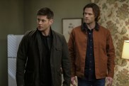 """Supernatural --""""The Future"""" -- SN1219a_0252.jpg -- Pictured (L-R): Jensen Ackles as Dean and Jared Padalecki as Sam -- Photo: Robert Falconer/The CW -- © 2017 The CW Network, LLC. All Rights Reserved"""