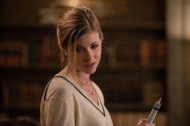 """Supernatural --""""Who We Are"""" -- SN1222a_0129.jpg -- Pictured: Elizabeth Blackmore as Toni Bevell -- Photo: Diyah Pera/The CW -- © 2017 The CW Network, LLC. All Rights Reserved"""