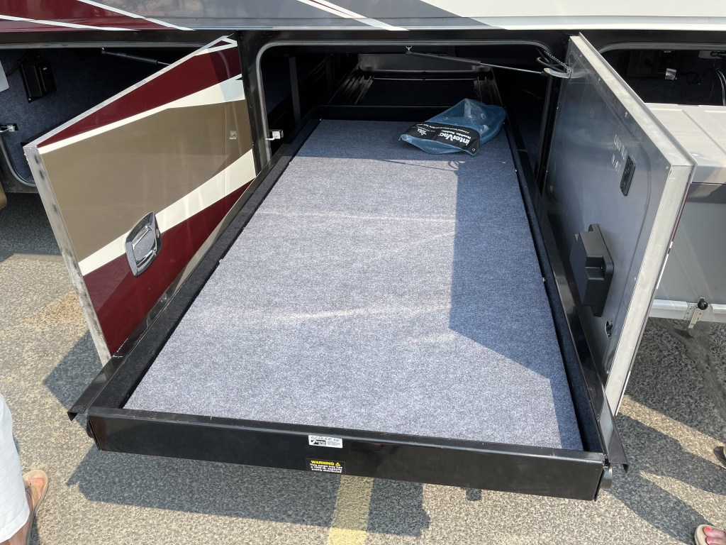 Slide-out tray