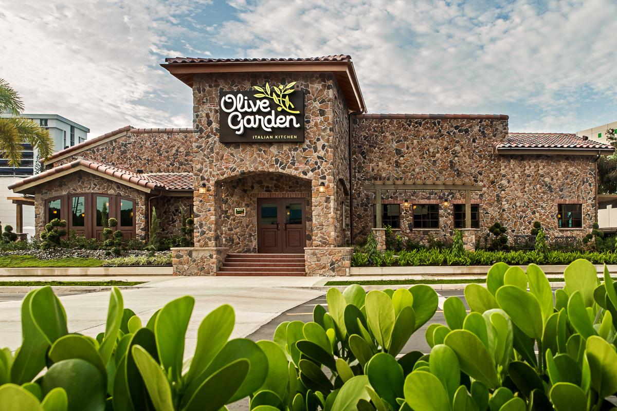 Abre el segundo Olive Garden - Sin Comillas
