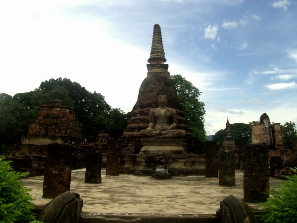 PIC01682 - Un día en las Ruinas de Sukhothai, la antigua capital de Tailandia