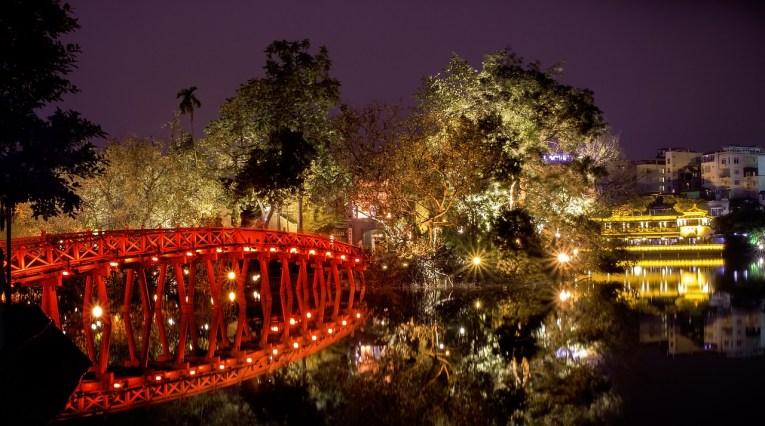 Barrio Antiguo de Hanoi Templo Montaña de Jade - Barrio antiguo de Hanoi: Top 5 lugares que visitar