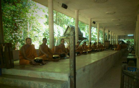 Tailandia Meditación Vipassana scaled - Meditación Vipassana en Tailandia: mi experiencia