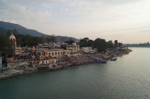 Anochecer Rishikesh 03 - Viaje a Rishikesh: historia, dónde hospedarse y qué ver