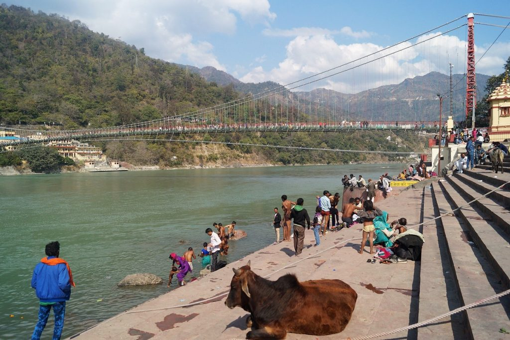 Rishikesh Gaths Río Ganges 01 1024x682 - Travel Route for Northern India, 3 weeks or 1 month