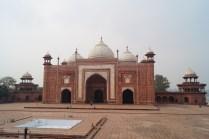Taj Mahal Edificios colindantes - La curiosa historia del Taj Mahal: amor, simetría y sacrificio