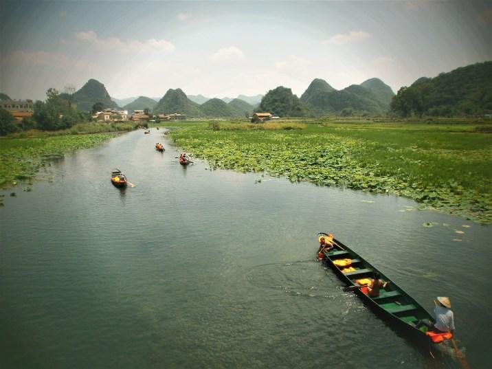 Yunnan - Puzhehei en barca