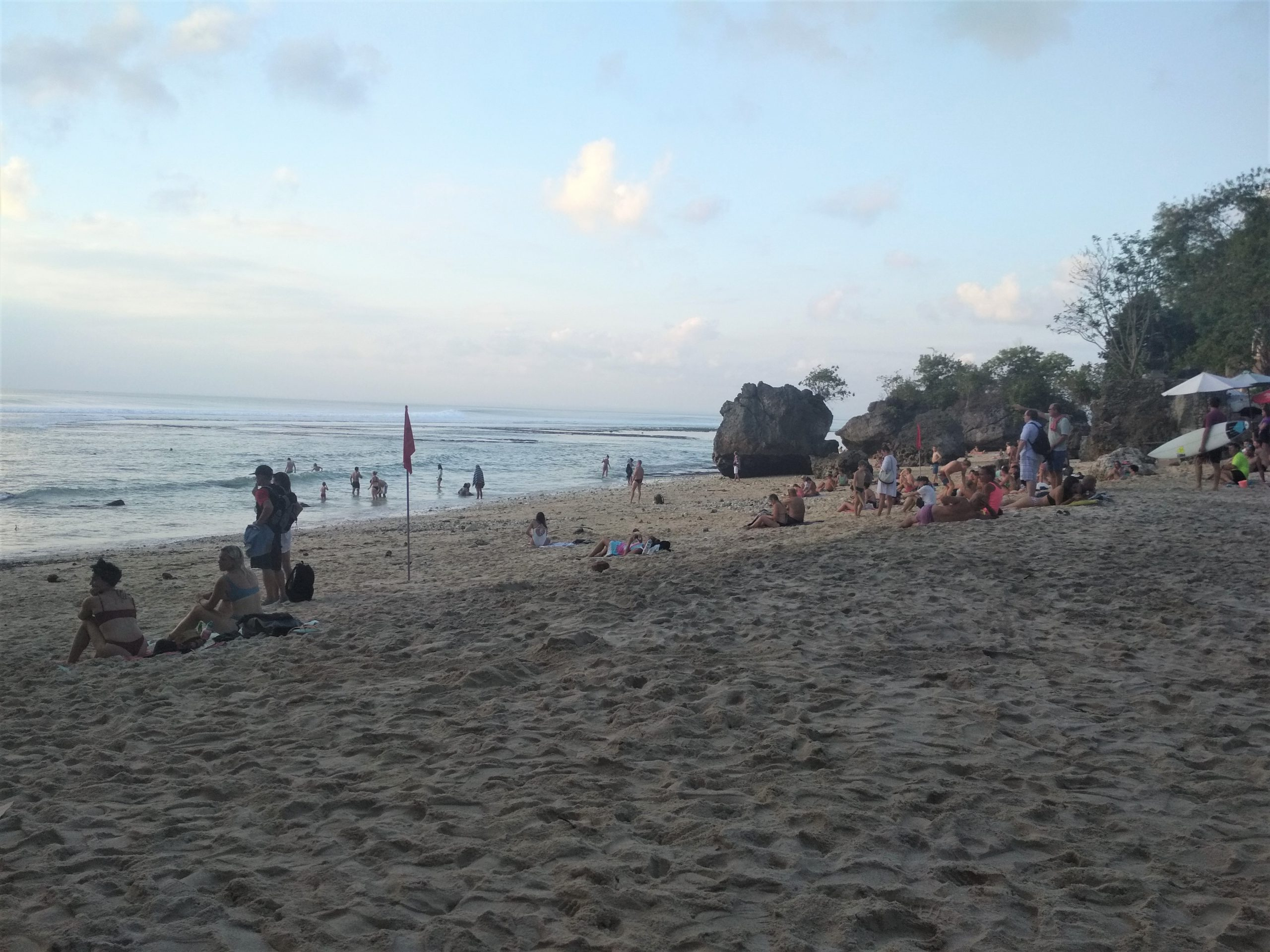 Bali Playas de Uluwatu Padang Padang 1 scaled - The Uluwatu Temple and the surrounding beaches, travel guide