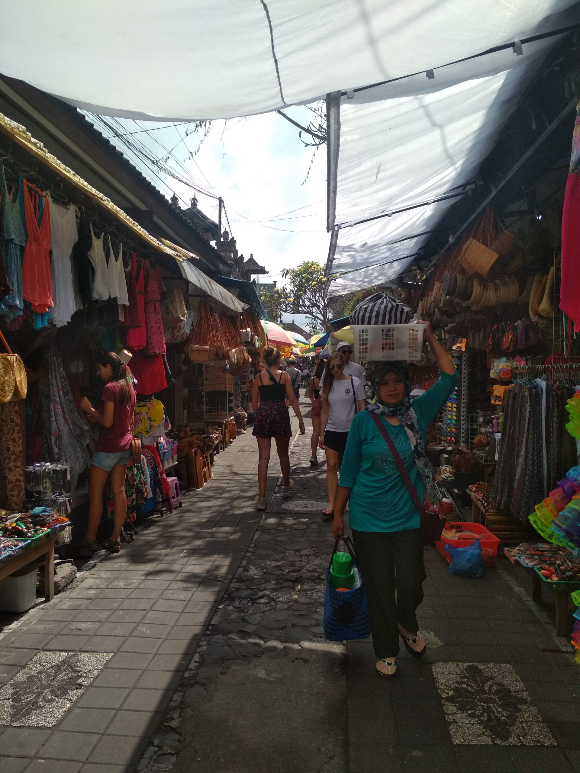 Bali Que ver en Ubud Mercado de Ubud scaled - Top 5 places to see in Ubud in one day