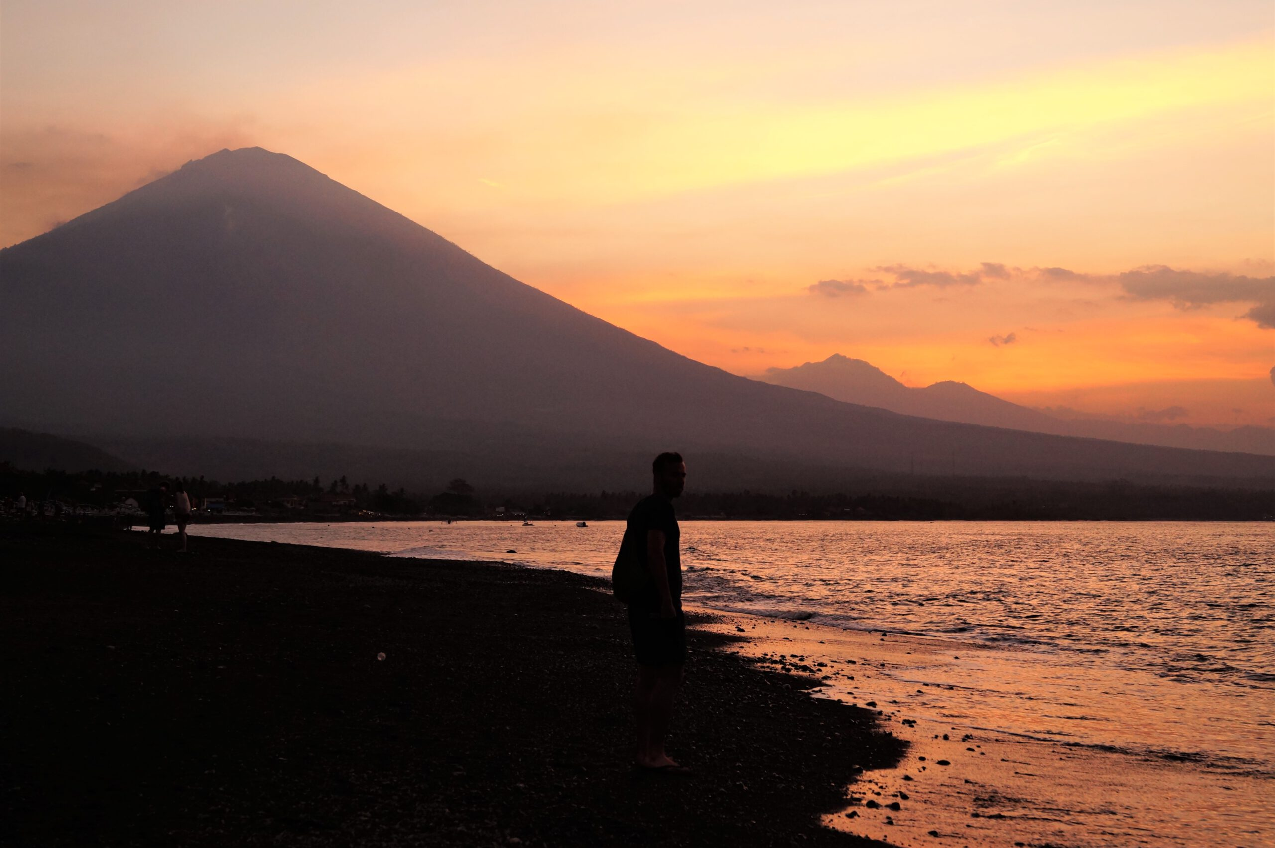 Bali Qué ver en Amed Volcán Agung scaled - Travel guide to Amed and Mount Agung; the treasure of Bali