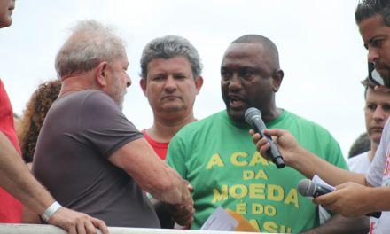 Moedeiros entregam carta ao ex-presidente Lula