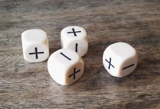 unnumbered dice