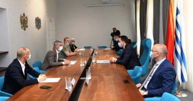 Potpisan kolektivni ugovor između Glavnog grada i Gradskog sindikata
