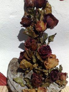 Fundholz mit Trockenblumen