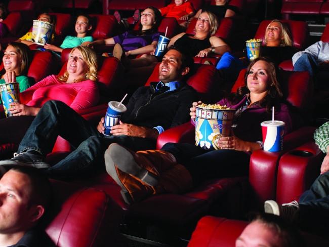 sinemada-oturma