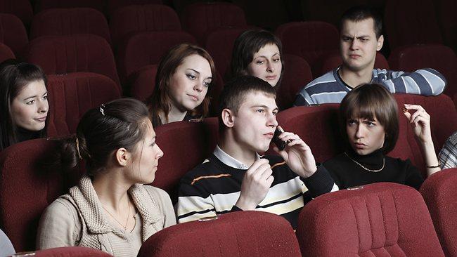 sinemada-telefonu-çalmak
