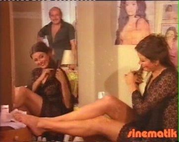 Ünlülerin Tüm Videoları  Porno indir Porno izle Bedava