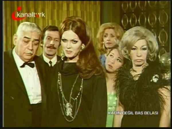 film-karelerinde-yesilcam.sinematikyesilcam.com289-Turkan-Soray