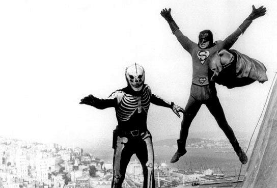 Kilink'teki Uçan Adam'ın kıyafetini burada net görebilirsiniz