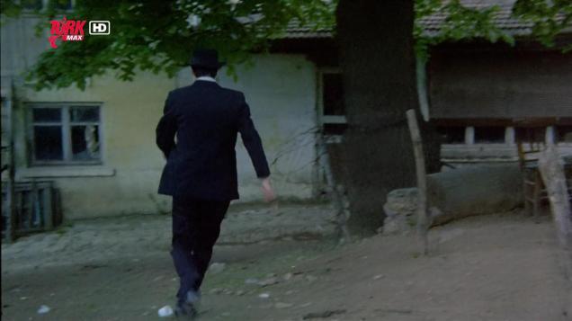 Gerzek Saban (1980) ŞU ANDAKİ İSMİ KÖYLÜM KAFE OLAN KAHVENİN KARŞISINDAKİ YER, BÜYÜK ÇINARIN YANI