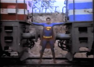 l-supermen-donuyor-c88e7e27