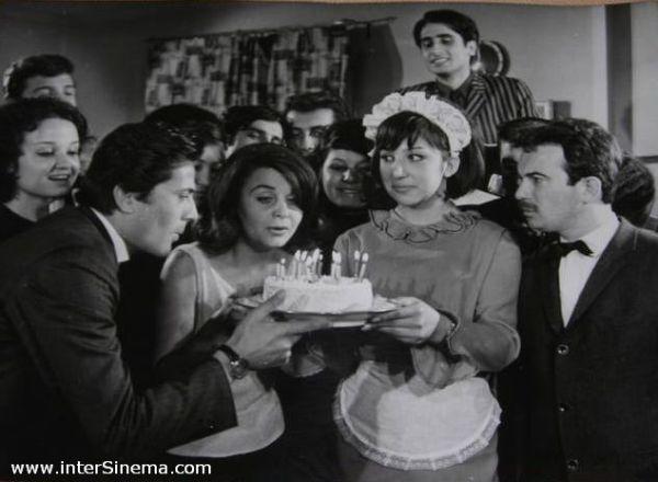 SEVİŞMEK YASAK (1965) 4