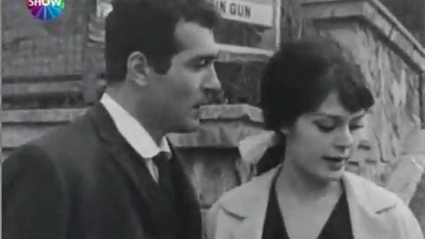 Türkan Şoray ve Fikret Hakan siyah gözler