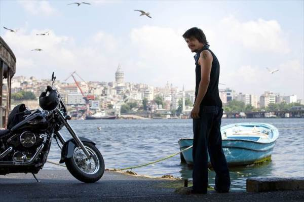 Aşk Tesadüfleri Sever L'amore ama le coincidenze cinema turco
