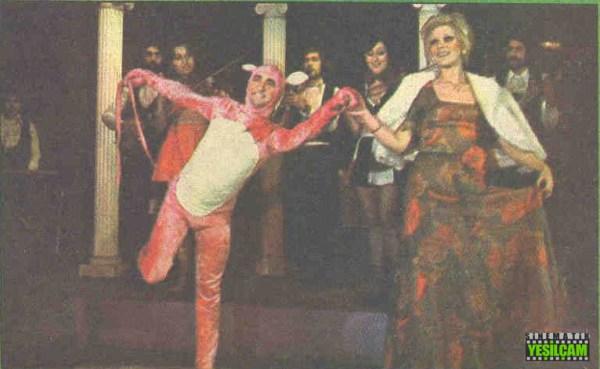 Hey Gidi Yeşilçam - 29 ocak 1975 tarihli Hey Dergisinde yer alan Yeşilçam Televizyona Eğildi haberi -  Pembe Panter