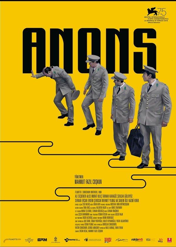 Hep nezaket çerçevesinde, kabullenmişlik hissiyatıyla süregelen absürt olaylar zincirinden oluşan darbe teşebbüsü; Anons filmi incelemesi. @anonsfilm