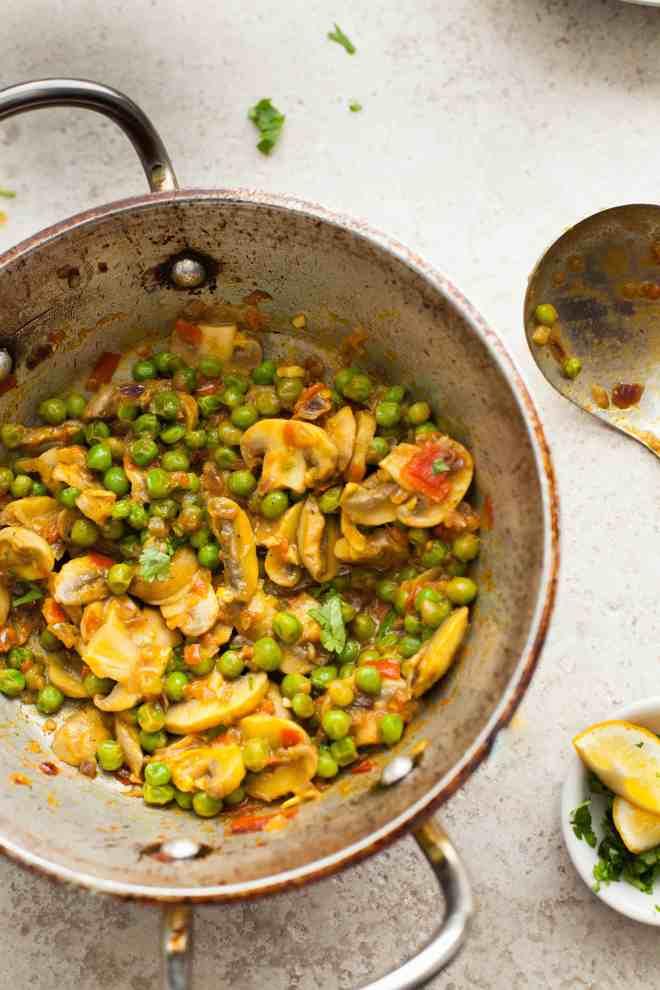 Sinfully Spicy - Mushroom Matar (peas) Stirfry033