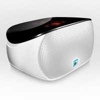 Logitech Mini BoomBox (White)