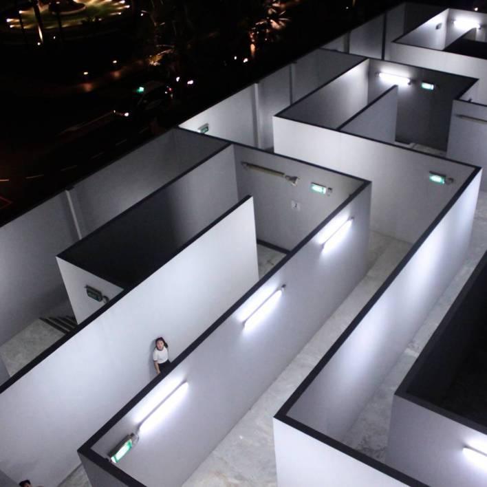 insta-worthy Marina Square Maze
