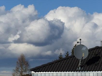 Das Bild von heute: Die Wolken scheinen zum Greifen nahe!