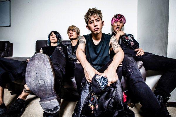 ONE OK ROCKのライブ徹底解説!掛け声やファン層は?