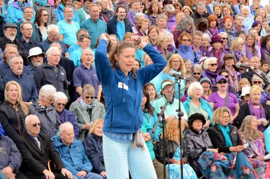 Sing for Water Cardiff 2015 - Performance - Celia Webb leading the audience in Calon Lân
