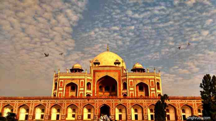 Closer look of Humayun's tomb