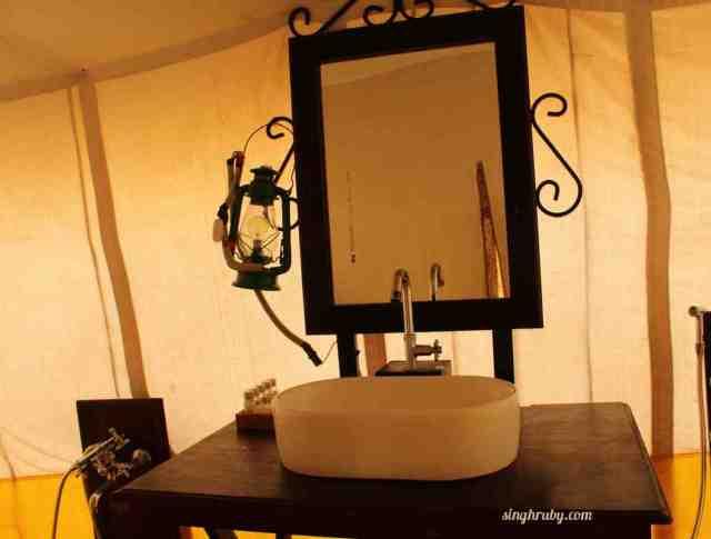 A sneak into the washroom of my tent at Festa De Diu