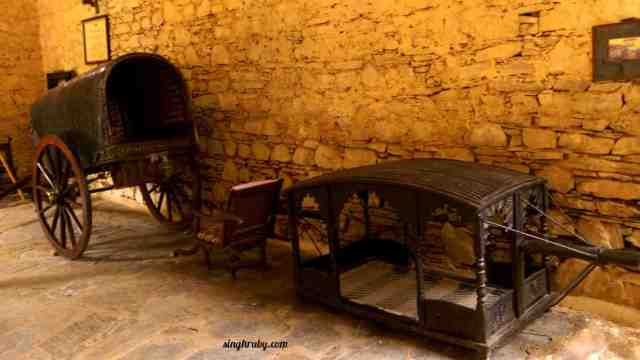 To the royalty at Neemrana Fort Palace