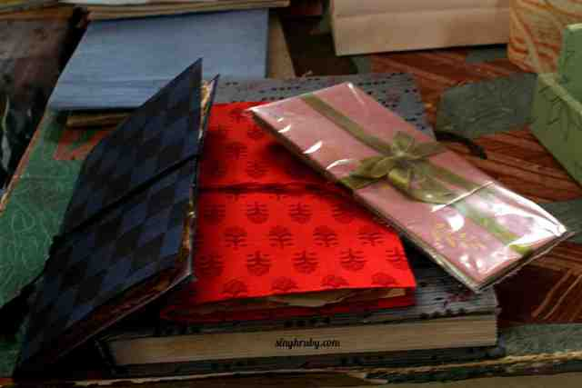 diaries-made-from-hand-made-papaer-at-athulya
