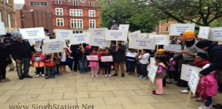 first-sikh-free-school-leicester-children-protest