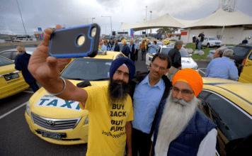 melbourne taxi protest 2017