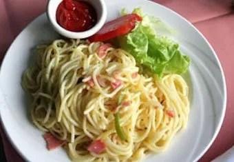 haiti spaghetti breakfast