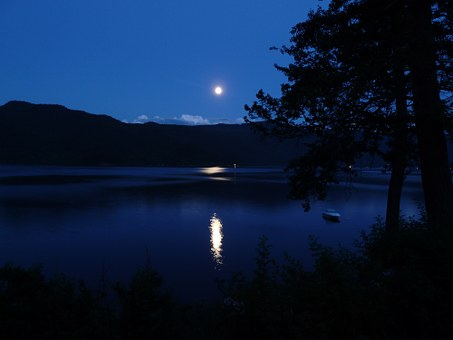Song Story: Blue Moon