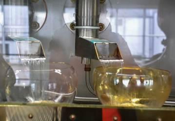 Durch den Spiritsafe muss jeder Tropfen des Destillats