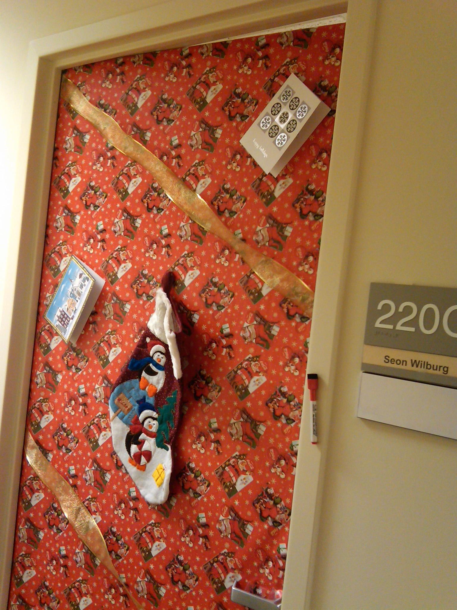 Office Door Xmas Decorating Contest Me Kids And Bella